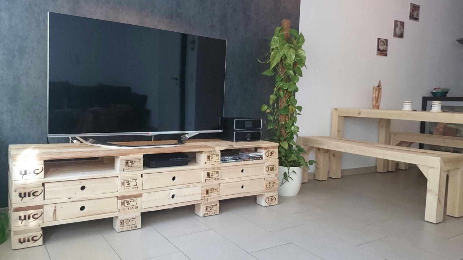 merke palet palet mobilya antalya. Black Bedroom Furniture Sets. Home Design Ideas